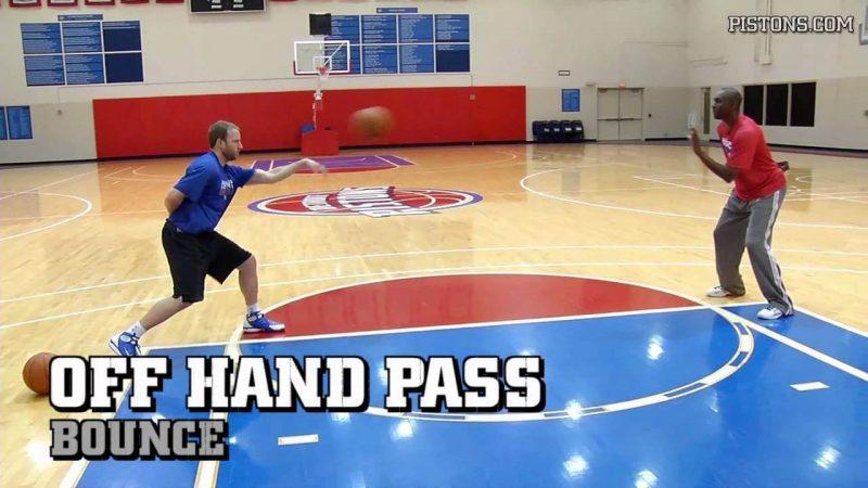 Hand off Pass